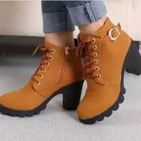 Jual TERBARU!!! [Promo] Sepatu Wanita Boots Heels Gesper Tan Murah