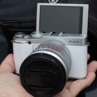 Jual [DAPLENS] Fujifilm X-A2 White KIT 16-50 OIS II Mulus! Murah! Murah