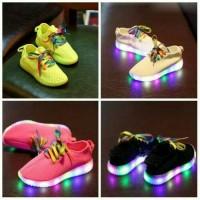 Jual Sepatu Kets IMPORT Yezzy Tali Raimbow Rope LED Keliling 4Warna 26-30 Murah