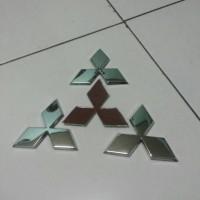 Jual emblem logo Mitsubishi tiga berlian pajero sport original Murah