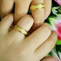 Cincin Kawin Emas Gold Ring Couple Titanium Sepasang Pasir Polos Murah