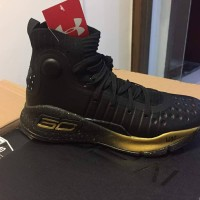 sepatu basket under armour curry 4 black gold