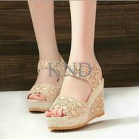 Jual Sepatu Wanita / Cewek Wedges Brukat On29 Cream KND Murah