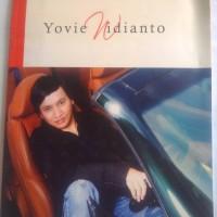 buku kumpulan lagu yovie widianto, volume 1, piano, vocal, chord