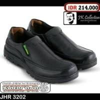 Jual sepatu pantofel formal kerja tinggi kulit 2 kickers adidas nike kemeja Murah