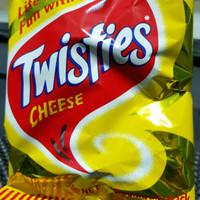 TWISTIES CHEESE 25g Makanan ringan/ product PNG