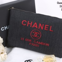 TAS CLUTCH CHANEL QUILTED