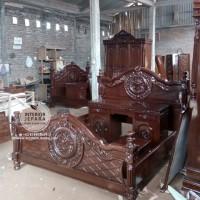 Tempat Tidur Kayu Jati, Dipan Ukiran Mawar Versace