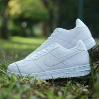 Jual Sepatu Nike Air Force 1 - Beli Harga Terbaik  be491c9f62