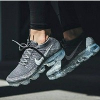 Nike Air Max Flyknit Asphalt Grey