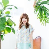 Kuki Style Apgujeong Batik Top - Green