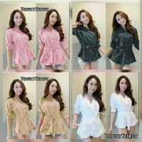 Jual Blouse diana velvet .mm 52.000 Twiscone fit L Murah