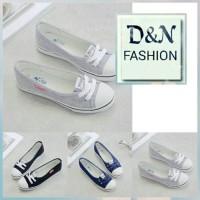 Sepatu Flat Shoes Converse A01