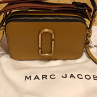 Marc Jacobs Snapshot Mustard