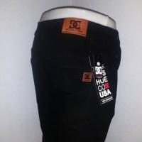 Jual Celana Jeans DC skinny/stretch pria warna hitam pekat, size 27 - 32 Murah
