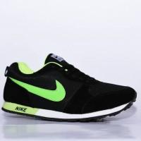 NEW Sepatu Sport Nike Wafle Trainer Hitam Ijo Stabilo / casual cowok c