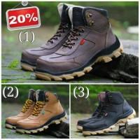 Jual sepatu boots pria keren sepatu kickers safety suede mercy  .. Murah