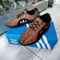 Sepatu casual adidas yeezy sneakers pria wanita supplier online