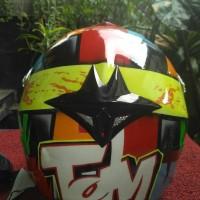Helm Cross repaint AGV