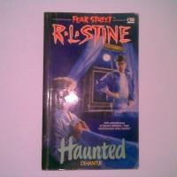 Fear Street - Haunted (Dihantui) - R.L Stine