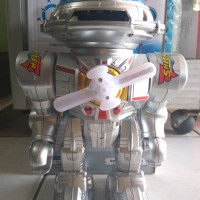 Robot Star Kavass Bisa Jalan Bicara Menembak Tangan Gerak Ada Lampunya