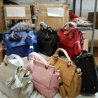 Pigi Sling Bag Warna Pink Tas Import Korea Leather Polos Cantik