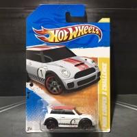 Hot Wheels Mini Cooper S Challenge White Akta