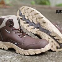 Harga Sepatu Safety Rocky Travelbon.com