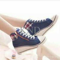 Jual Sepatu Wanita / Cewek Wedges Boots Biru G01 KND Murah