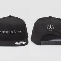 Topi Snapback Mercedes-Benz