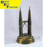 Miniatur Twin Tower (HAC-82)