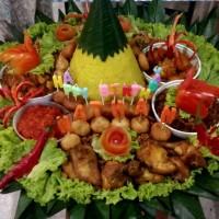 Nasi Tumpeng Kuning Super