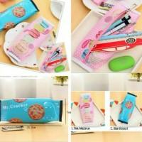 Tempat pensil lucu/unik/motif kue/biskuit/praktis/souvenir/gift/kado
