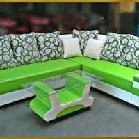 sofa minimalis hijau model baru / kursi sudut L ruang tamu terbaru