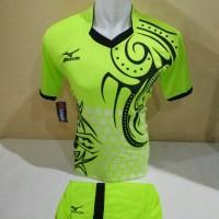 setelan olahraga kaos bola jersey futsal baju volly mizuno batik hijau