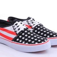 3d3cc2d38e40b4 VANS Chakka loh motif bendera amerika hitam Sepatu Pria wanita