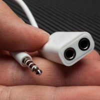 Audio Splitter 3.5Mm Male To Dual Female Earphone Headphone Jack Adapt