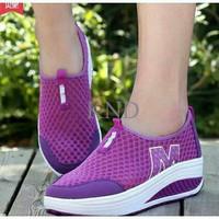 Jual Sepatu Wanita / Cewek Slip On W Ungu KND Murah