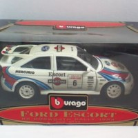 Burago Ford Escort RS Cosworth Rally Car 1994 1:24 Boxed FREE P&P