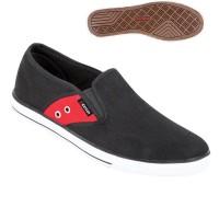 Sepatu Kets Bahan Canvas Slip On ts 0773 Zeintin