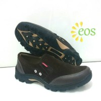 Sepatu Casual Slip On Boots Touring Dinas Kerja Kickers Murah Coklat
