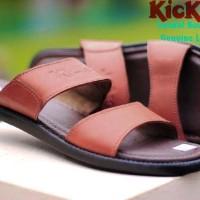 harga Sandal Pria Kickers Talincang Kulit 3 Warna 39-44 Original Premium Tokopedia.com