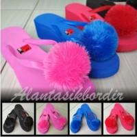 Sandal Wedges Pompom Premium