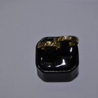 Cincin Kawin emas kuning 70% berat total 6 gram. Wedding ring