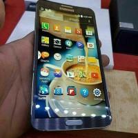 Samsung Galaxy Round