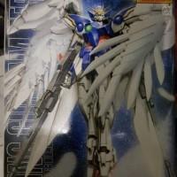 Master Grade ( MG ) Gundam / Gunpla Wing Zero