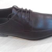 Sepatu pria Hush Puppies