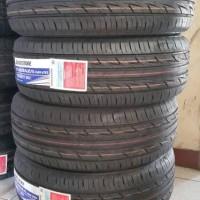 Ban Bridgestone 215/55R17 94V AR20 Turanza