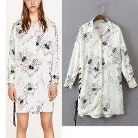 Blouse - Blus Atasan Pakaian Wanita White Art Graffiti (M) 346062