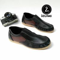 Jual Sepatu Slip on Pria/Sepatu Slop Ferrari/Loafers Pria/Sepatu Pria d Murah